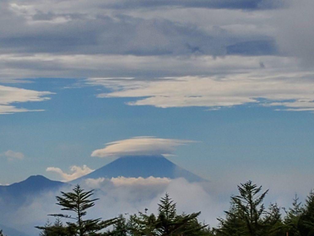 清里から見えた 傘富士